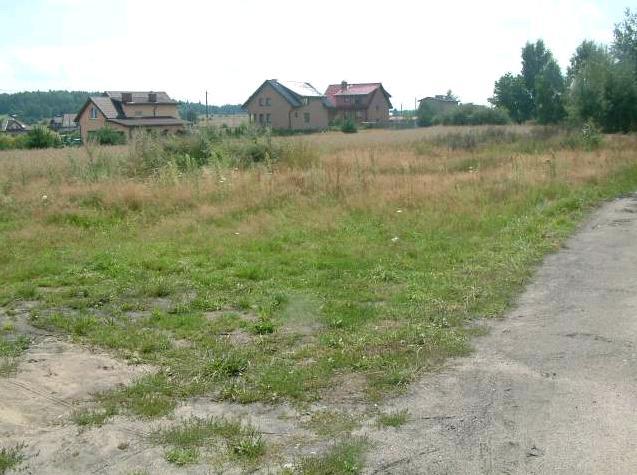 ul. PCK – teren niezabudowany, przygotowywany do zbycia pod zabudowę mieszkaniową